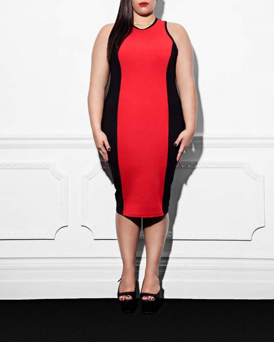 красное платье для полных стройнит
