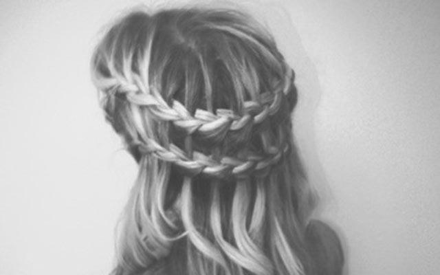 летние прически на длинные волосы, двойная коса