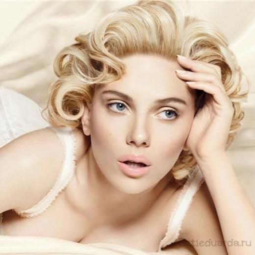 макияж для зеленоглазых блондинок на примре Скарлетт Йоханссон (12)