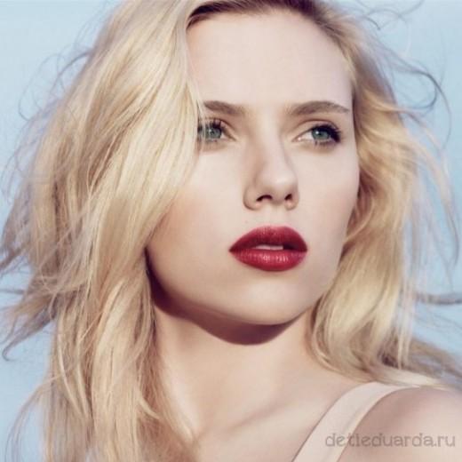 макияж для зеленоглазых блондинок на примре Скарлетт Йоханссон (15)