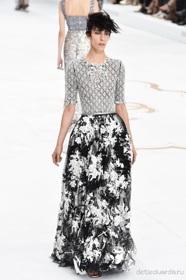 Chanel : Runway - Paris Fashion Week : Haute Couture Fall/Winter 2014-2015